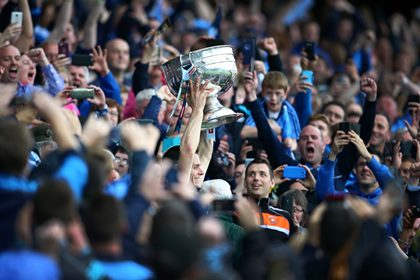 Dublin captain Stephen Cluxton lifts the Sam Maguire cup<br />&#169;INPHO