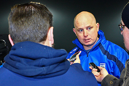 Waterford manager Tom McGlinchey speaks to the press at the end of the game. INPHO