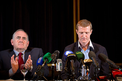 Henry Shefflin alongside Ned Quinn, Chairman of the Kilkenny County Board at the Press Conference in The Langton Hotel. INPHO