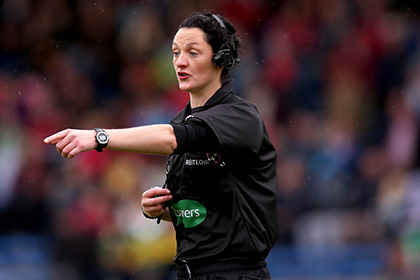 Referee Maggie Farrelly.