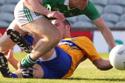 It was last chance saloon for Limerick and Clare in the Munster MFC ©INPHO/Lorraine O'Sullivan