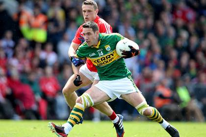 Kerry&#39;s Declan O&#39;Sullivan with John O&#39;Rourke of Cork during the 2014 Munster SFC final.<br />&#169;INPHO/Cathal Noonan.