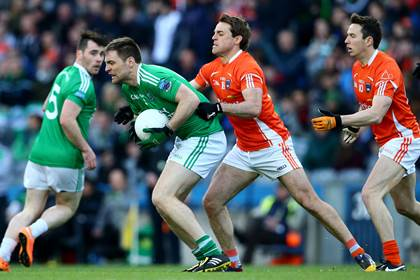 Armagh&#39;s Kevin Dyas tackles Richard O&#39;Callaghan of Fermanagh during the FL Division 3 final.<br />&#169;INPHO/Cathal Noonan.