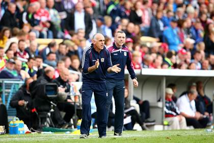 Galway manager Anthony Cunningham encourages his players.<br />&#169;INPHO/Cathal Noonan.