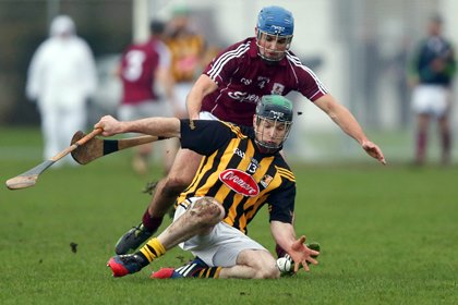 John Joe Farrell of Kilkenny with Johnny Coen of Galway<br />&#169;INPHO/Donall Farmer