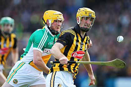 Kilkenny&#39;s Colin Fennelly and James Rigney of Offaly<br />&#169;INPHO