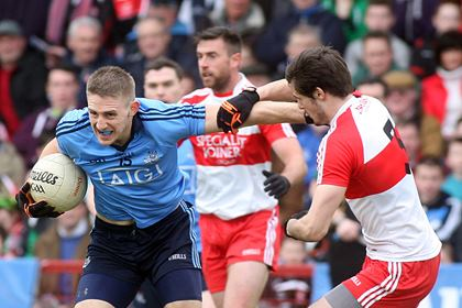 Dublin&#39;s Eoghan O&#39;Gara and Derry&#39;s Chrissy McKaigue<br />&#169;INPHO