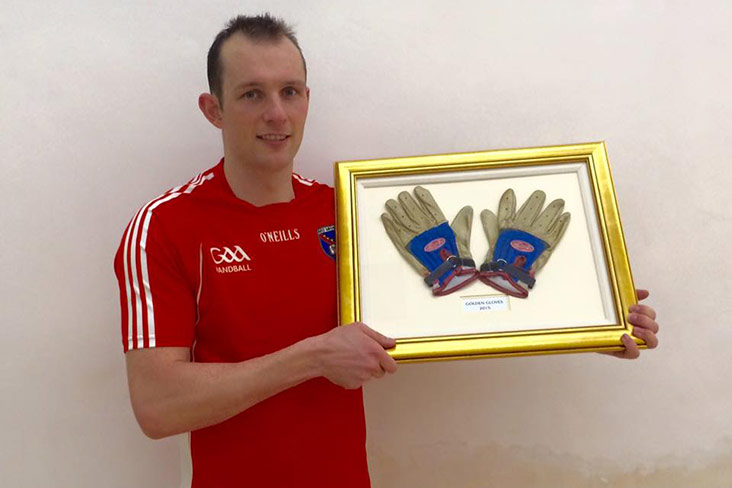 Handball: Shanks storms to Gloves title
